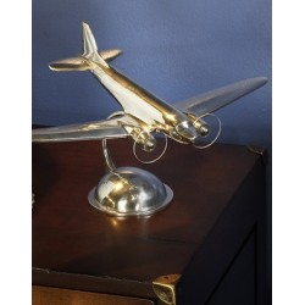 AP 105 Aluminium Desktop DC3 Plane